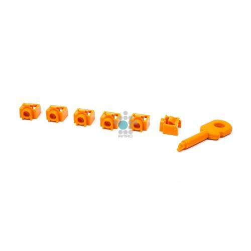 Комплект заглушек порта RJ-45 (6 шт.) + ключ, оранжевый LANMASTER LAN-SEC45-PL-SET-OR