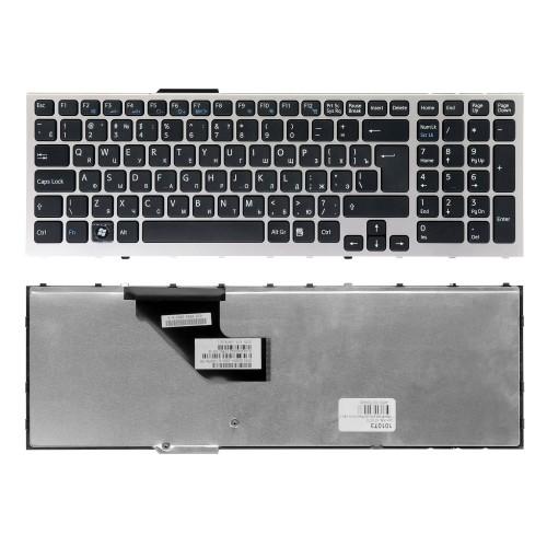 Клавиатура для ноутбука Sony Vaio VPC-F11, VPC-F12, VPC-F13 Series. Г-образный Enter. Черная, с серебристой рамкой. PN: 148781561.